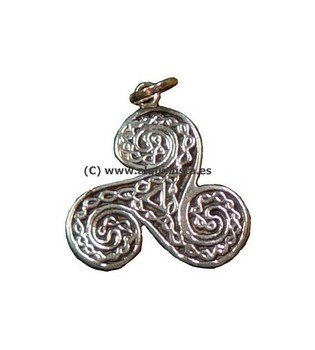 AMULETS SILVER TRISQUEL CELTIC WROUGHT OLD SILVER