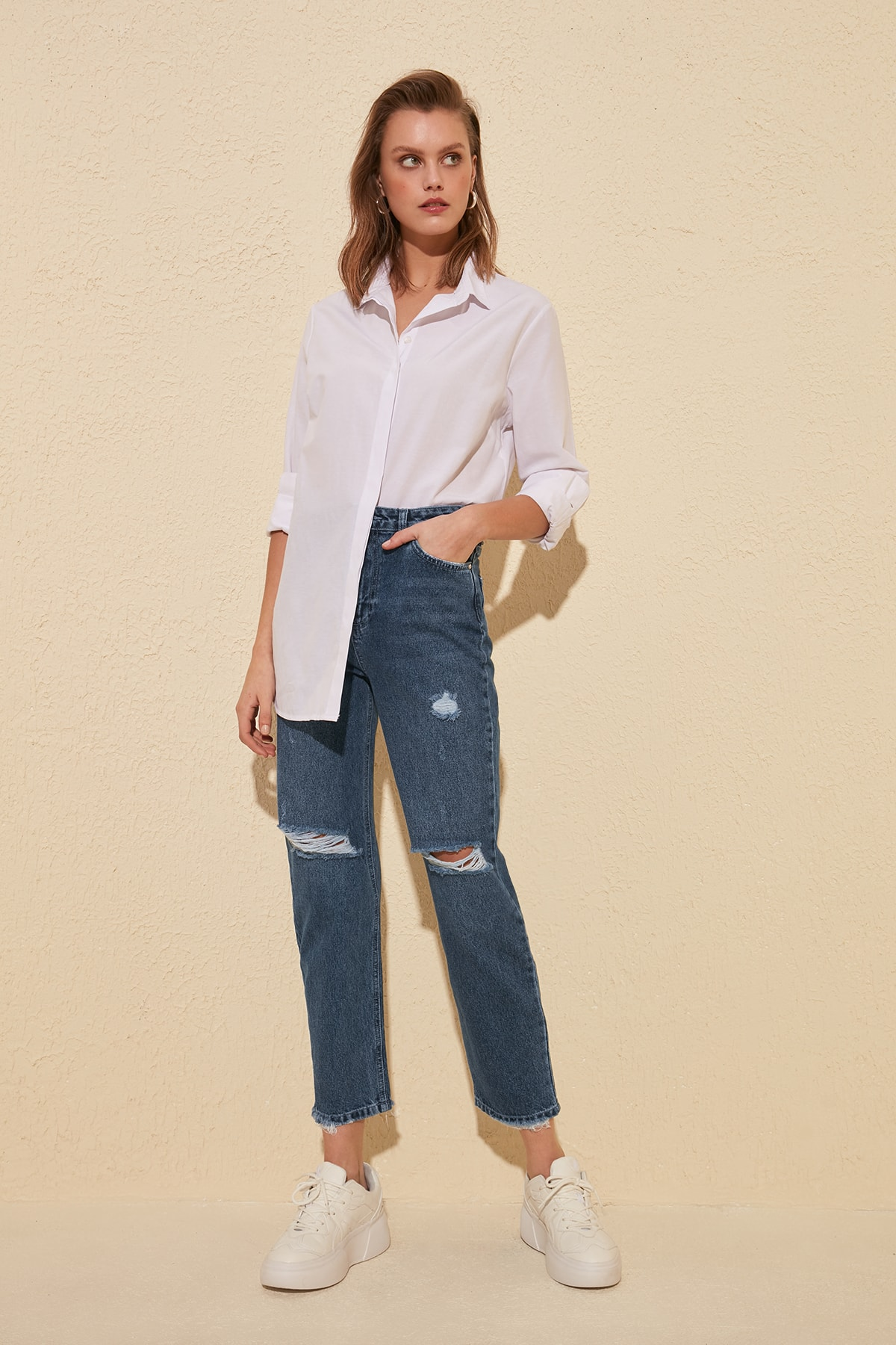 Trendyol Ripped Detailed High Bel Straight Jeans TWOSS20JE0137
