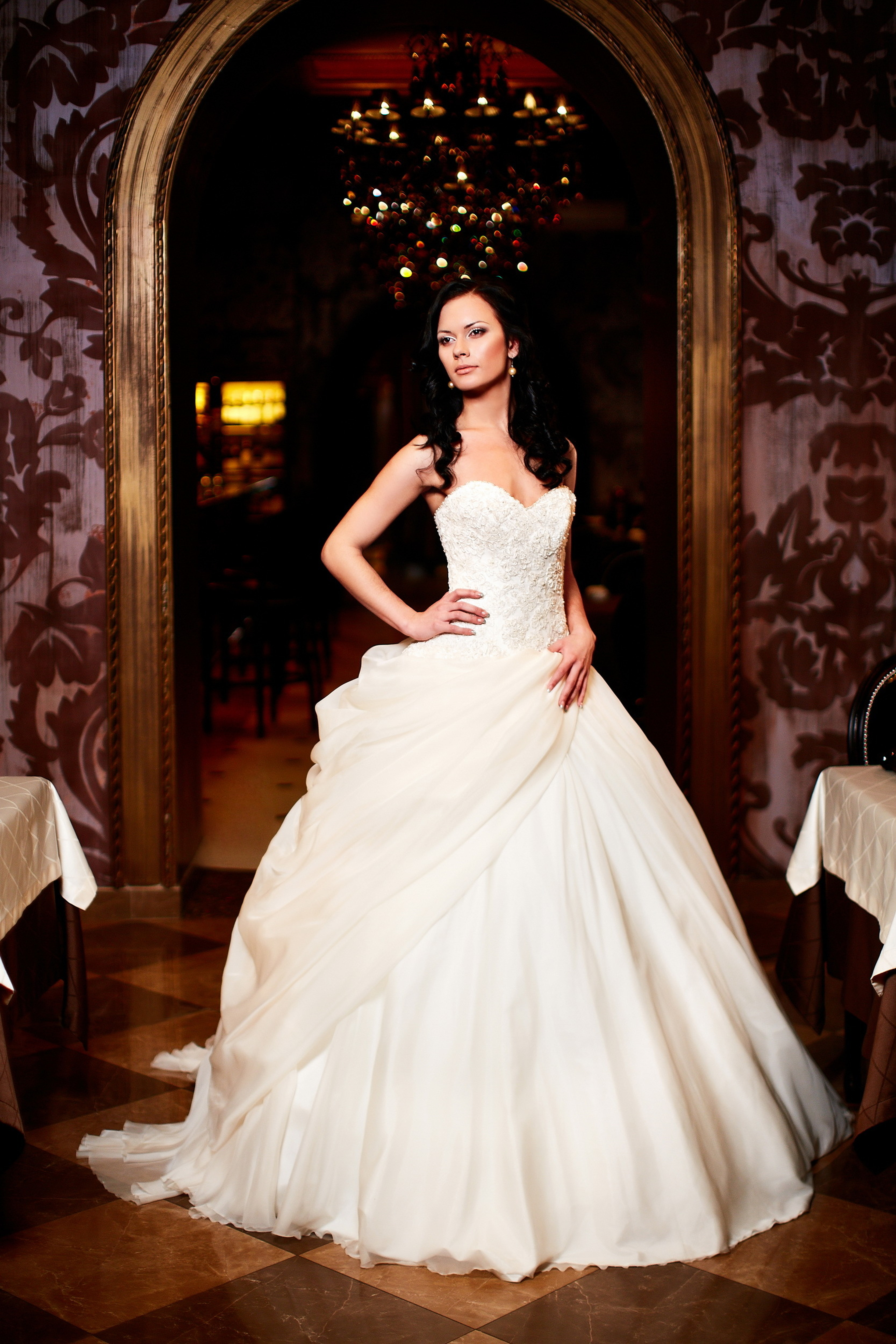 Strapless Beading Applique Satin A-line Wedding Dress With Pleat Belt Sweep Train Lace-up High Quality Bridal Dress