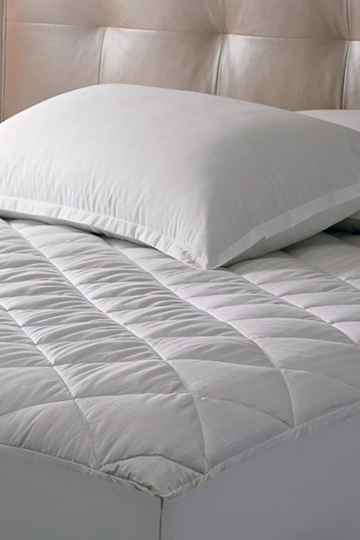Relax <font><b>120*200</b></font> Quilted Fitted Mattress Pad image