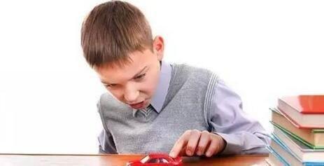 多动症的表现 两岁半宝宝多动症的症状-养生法典