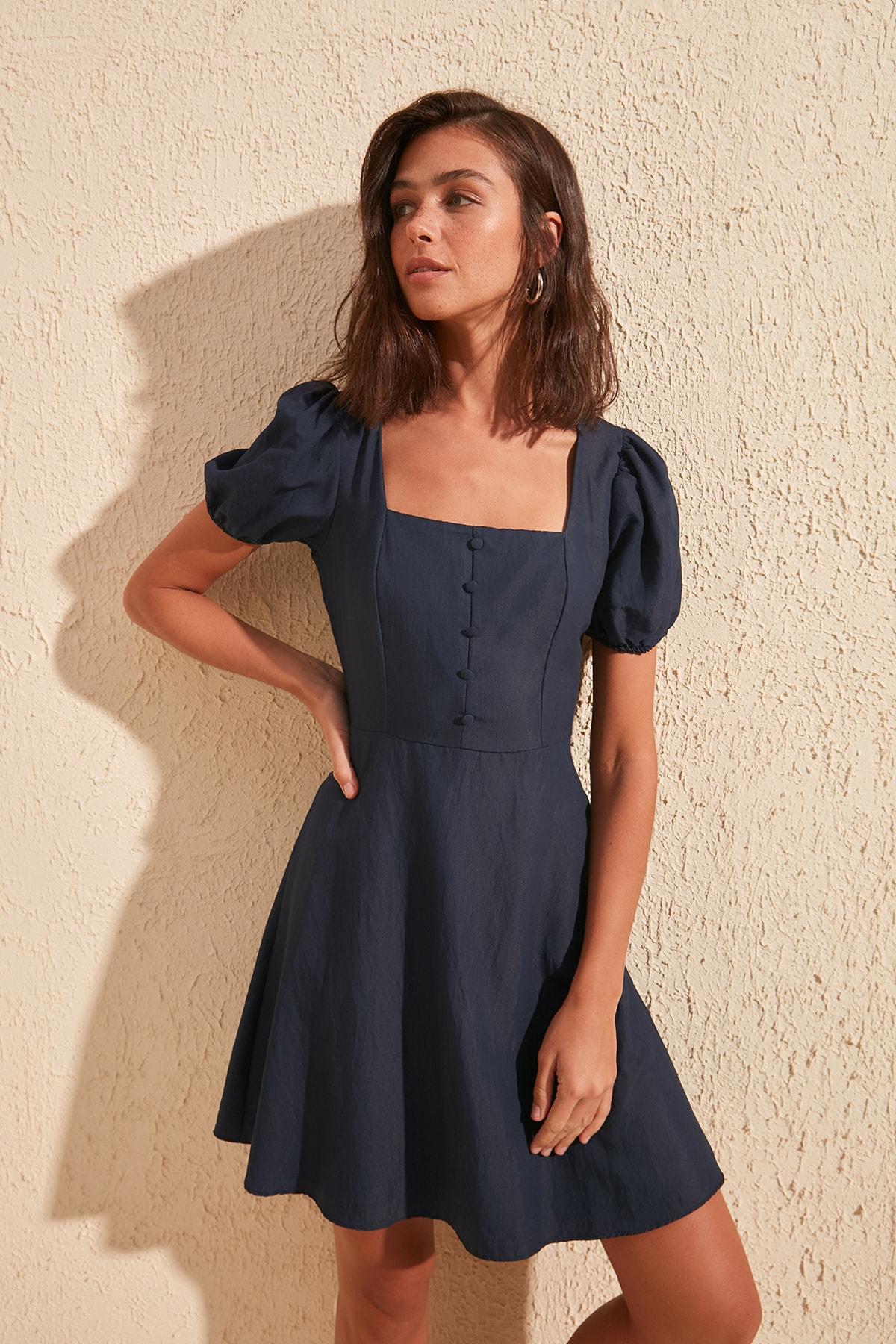 Trendyol Square Collar Dress TWOSS20EL0905