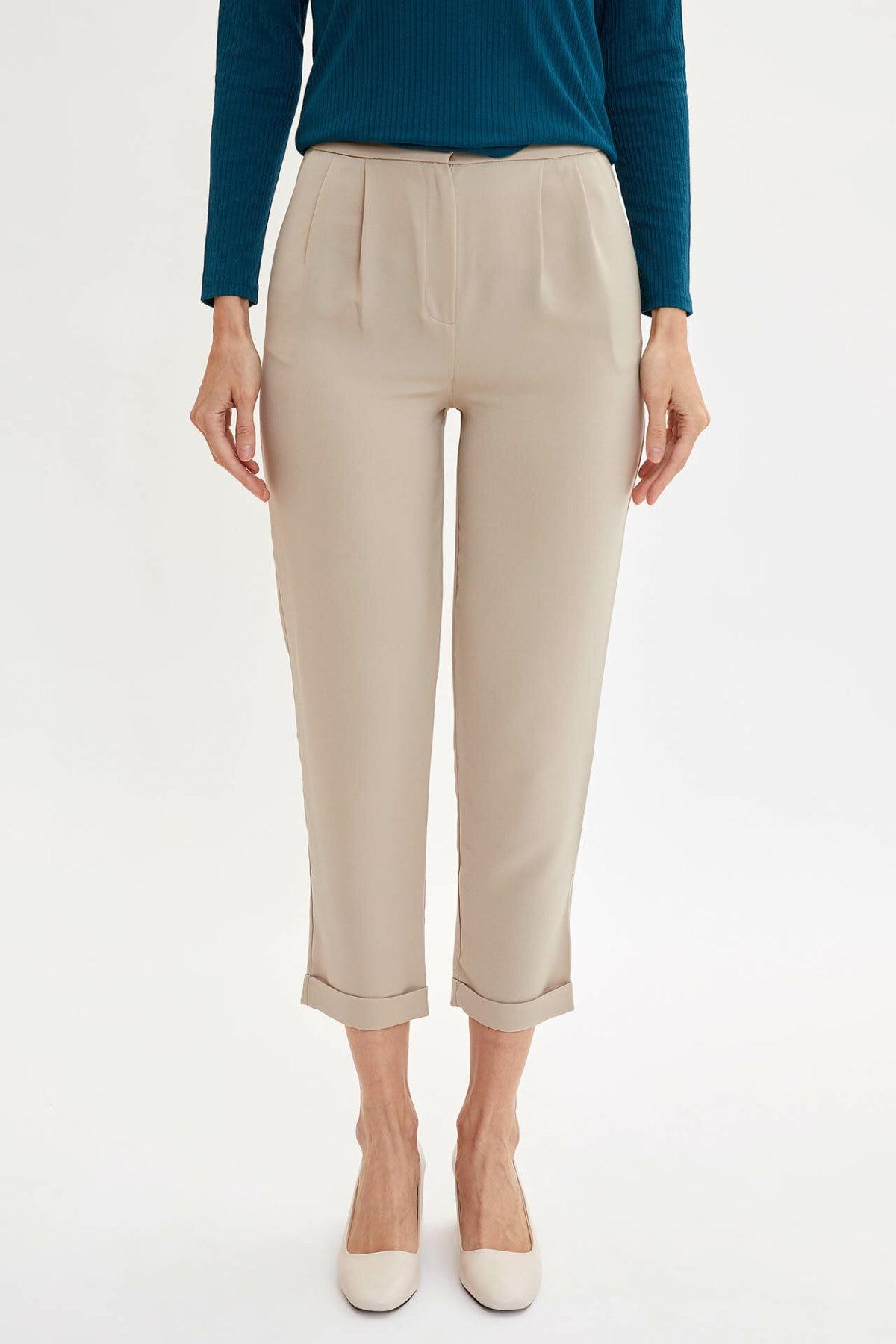 DeFacto Simple Woman Trousers Elegant Ladies Pure Color High Quality Crop Pants Female Fashion Joker Pants - M6287AZ19AU