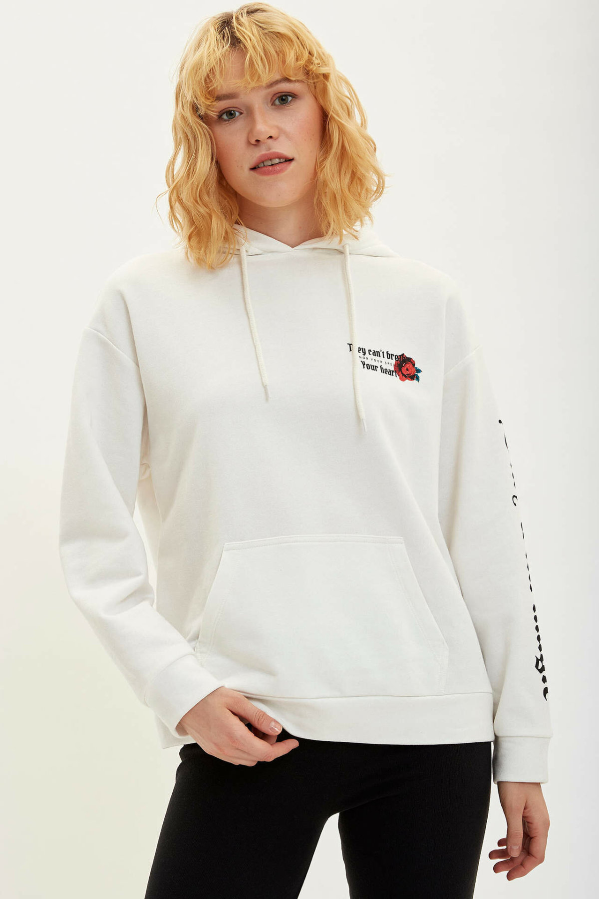 DeFacto Ladies Fashion O-neck White Pullover For Women's Loose Casual Simple Harajuku Pullovers Women New - M3369AZ19WN