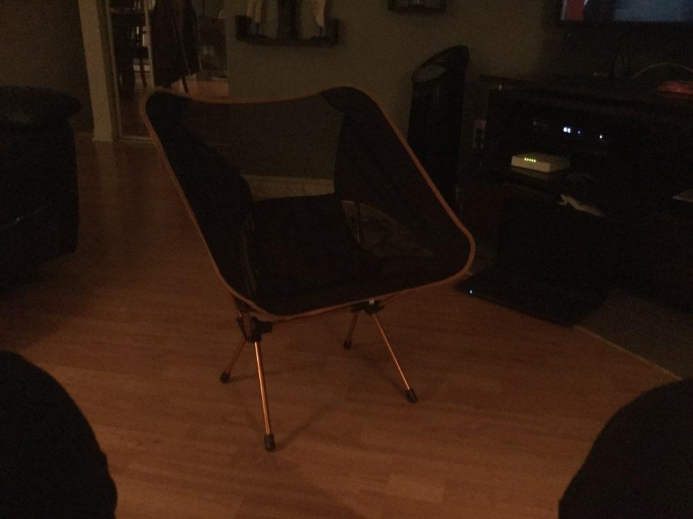 -- Cadeira Ferramentas Acampamento