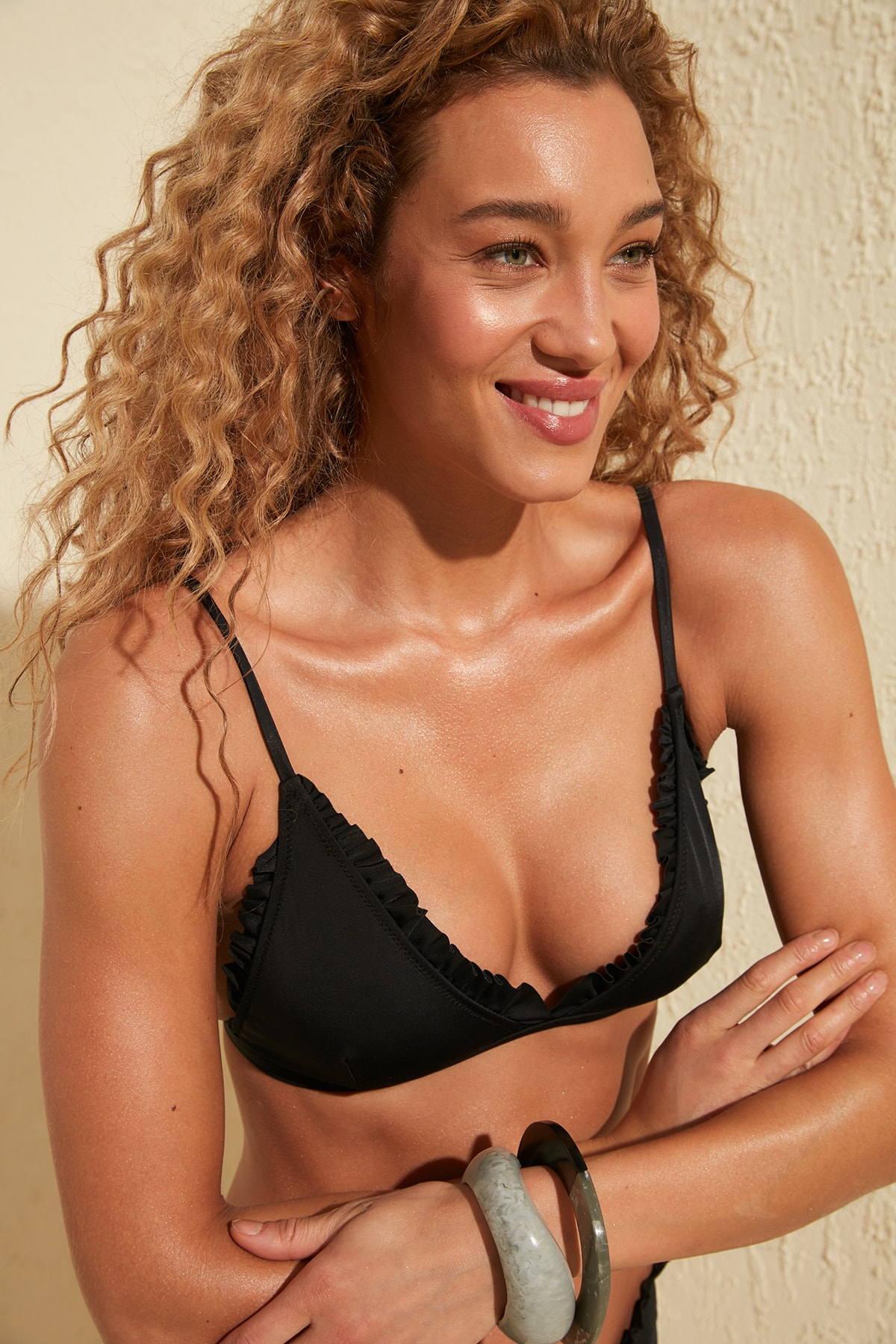 Trendyol Ruffle Detail Triangle Bikini Top TBESS20BU0123