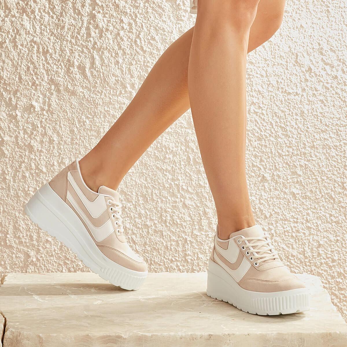FLO BRIT19Y SHAMMY Cream Women 'S Sneaker Shoes BUTIGO