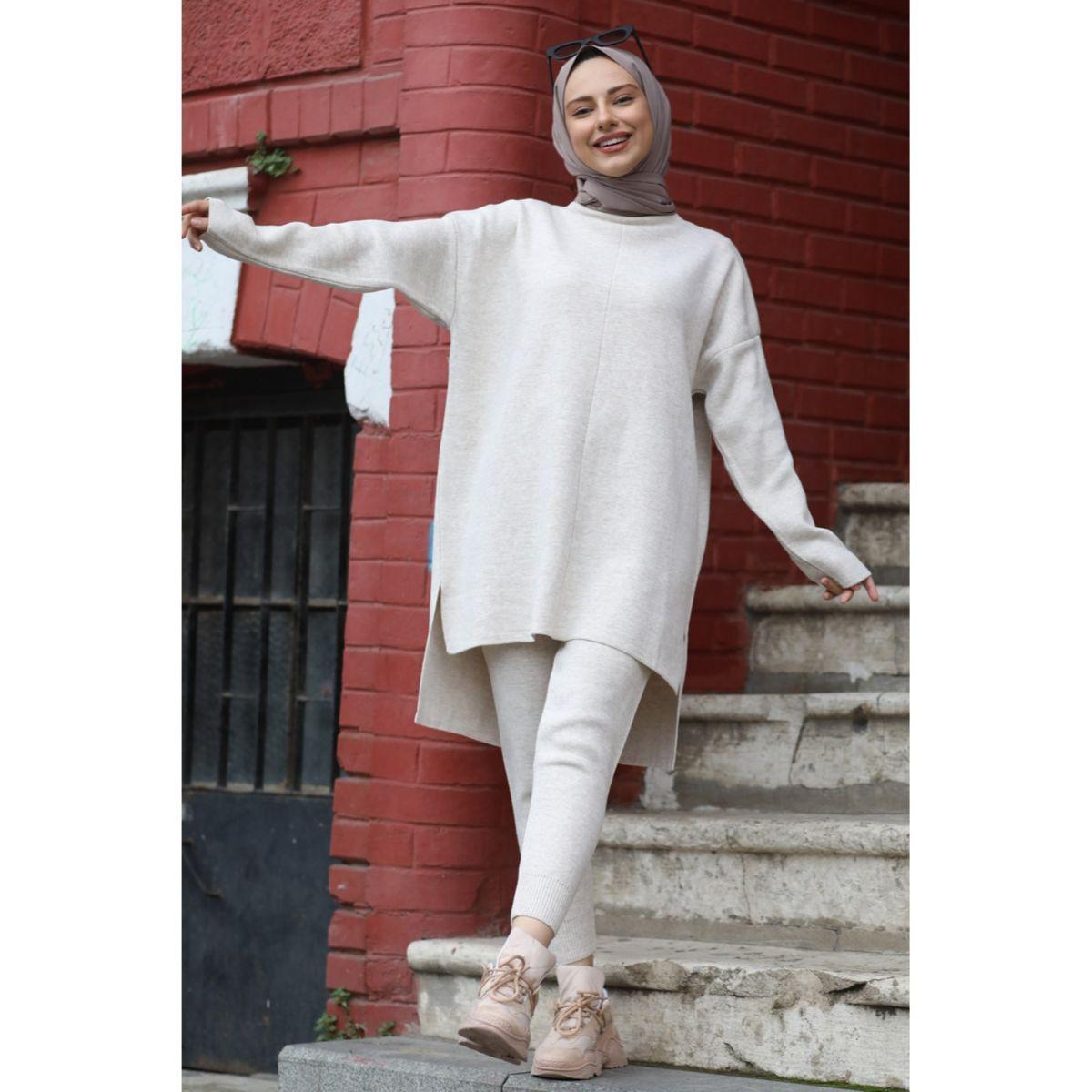 Tight Leg Knitwear Team Sports set outfit for Muslim women Hijab İslamic Clothing young Muslim women's style Dubai Turkey 2021
