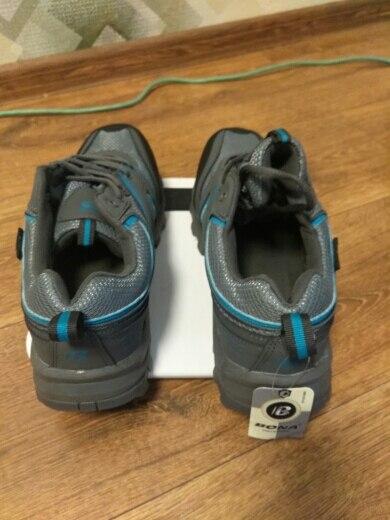 -- Sapatos Corrida Rendas