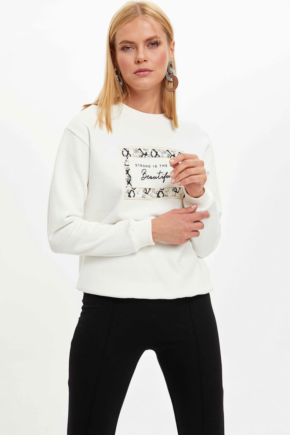 DeFacto Fashion Woman O-neck Sweat Shirt Female Letter Pattern Comfort Pullover Ladies Casual Simple Pullover Autumn-M6281AZ19WN