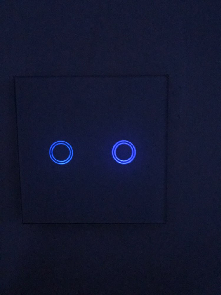 Interrupteur tactile 220v norme EU jusqu'à 3 circuits. Panneau en verre.