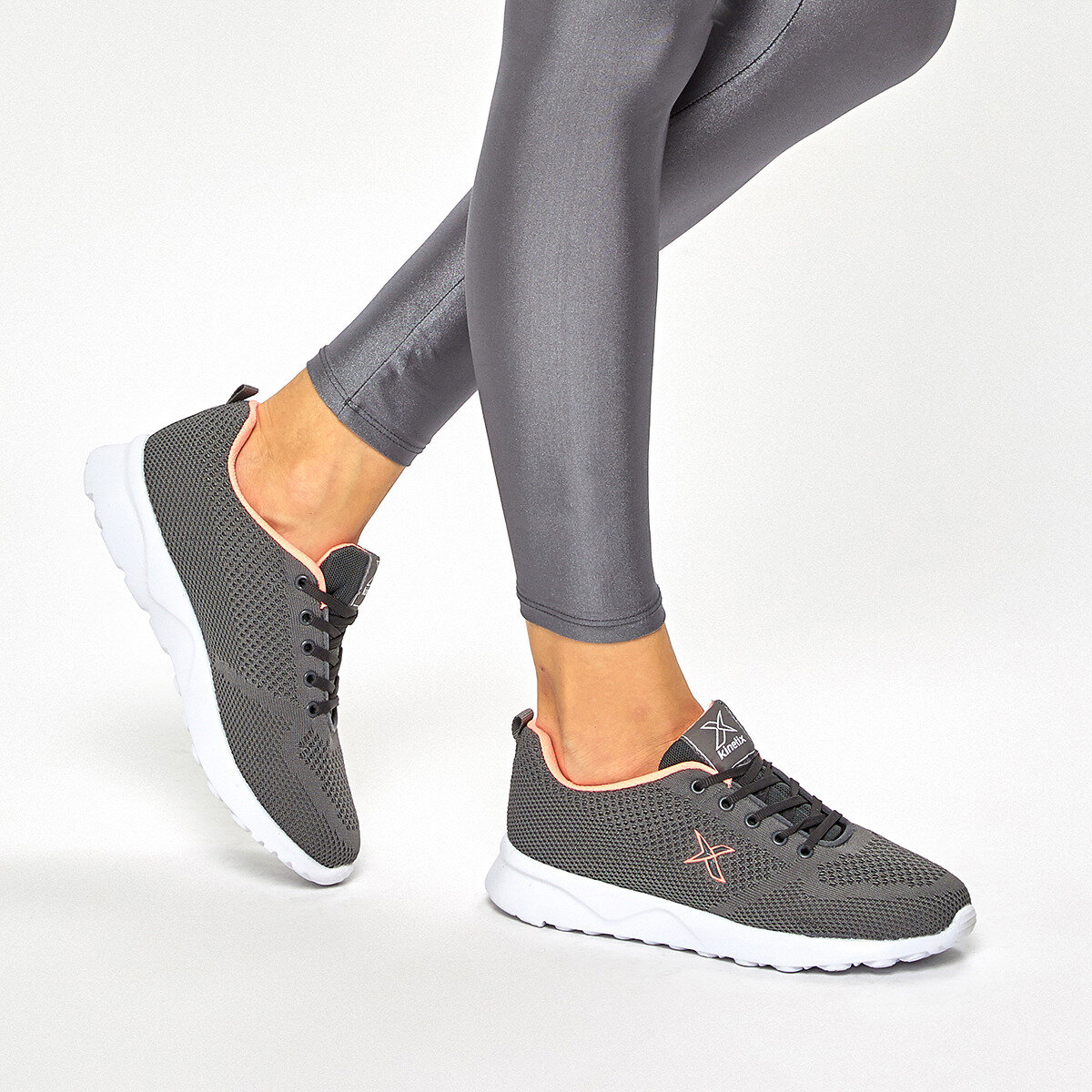 FLO FLUSE 9PR Gray Women 'S Sneaker Shoes KINETIX