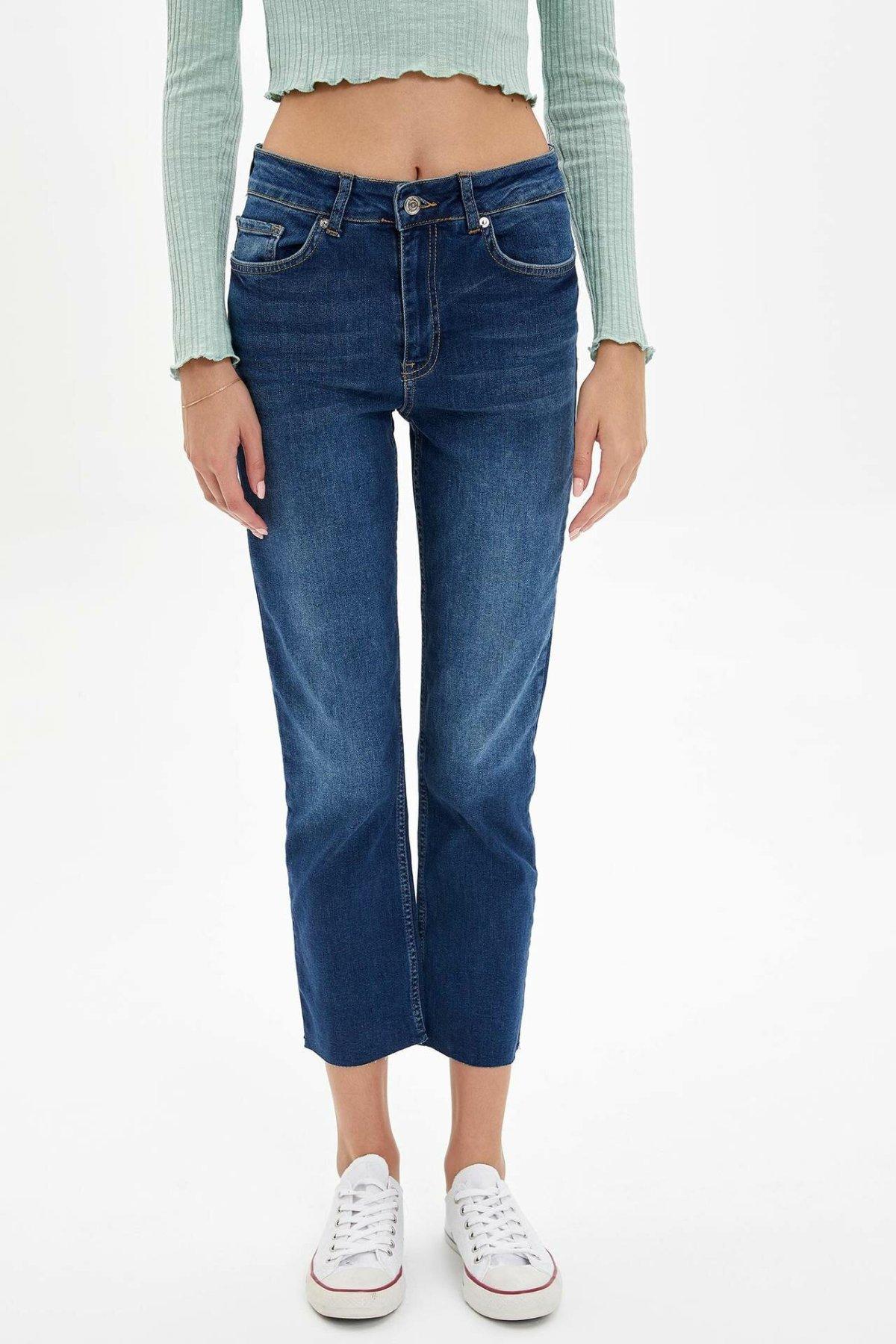 DeFacto Fashion Woman Denim Trousers Casual Solid Striaght Crop Pants Female Mid Waist Leisure Comfort Pant - L7460AZ19AU