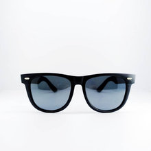 Vintage wayfarer sunglasses Black Women sunglasses