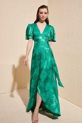 Trendyol Jacquard Satin Evening & Prom Gown TPRSS20AE0073