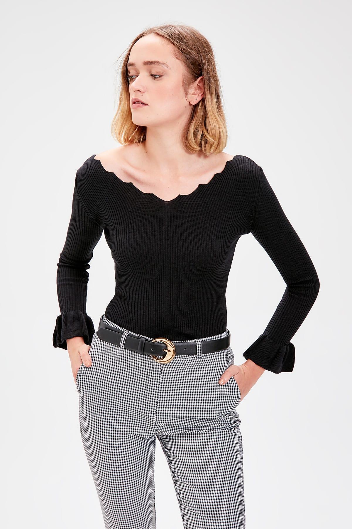 Trendyol Black Handles Flounces Knitwear Sweater TWOAW20YN0010