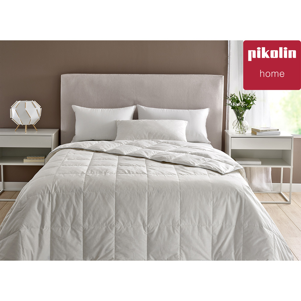 Pikolin Home-Nordic Filling Featherbed's 85%. 250 Gr/sqm