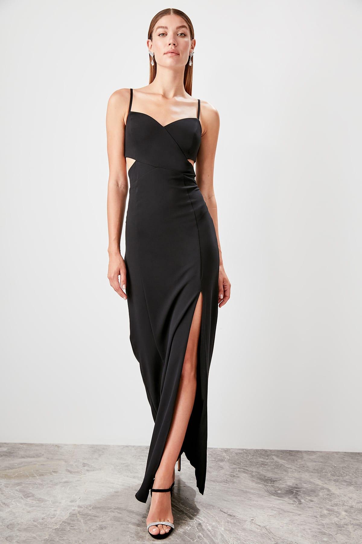 Trendyol Low-Cut Detailed Evening Dress TPRSS19UT0124