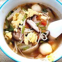 番茄鱼丸菌菇汤的做法图解6