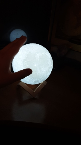 Ultimate Multicolours Moon Lamp 20CM photo review