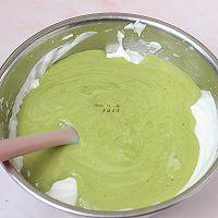 #安佳食力召集,力挺新一年# 抹茶戚风奶油蛋糕的做法图解13