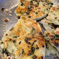 黄油馄饨皮葱油饼的做法图解16