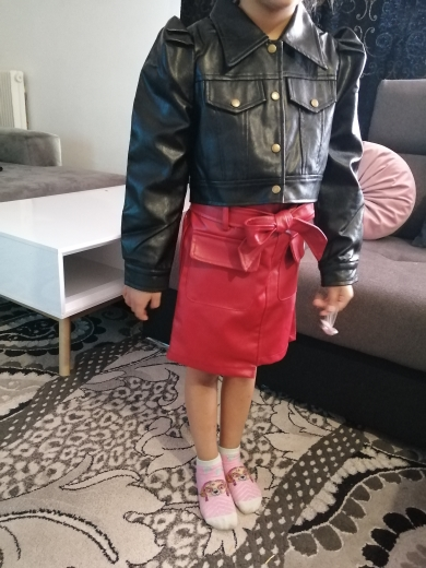 Girls PU leather skirts children's clothing girls short skirts PU leather skirts suitable for 3-7 years old photo review