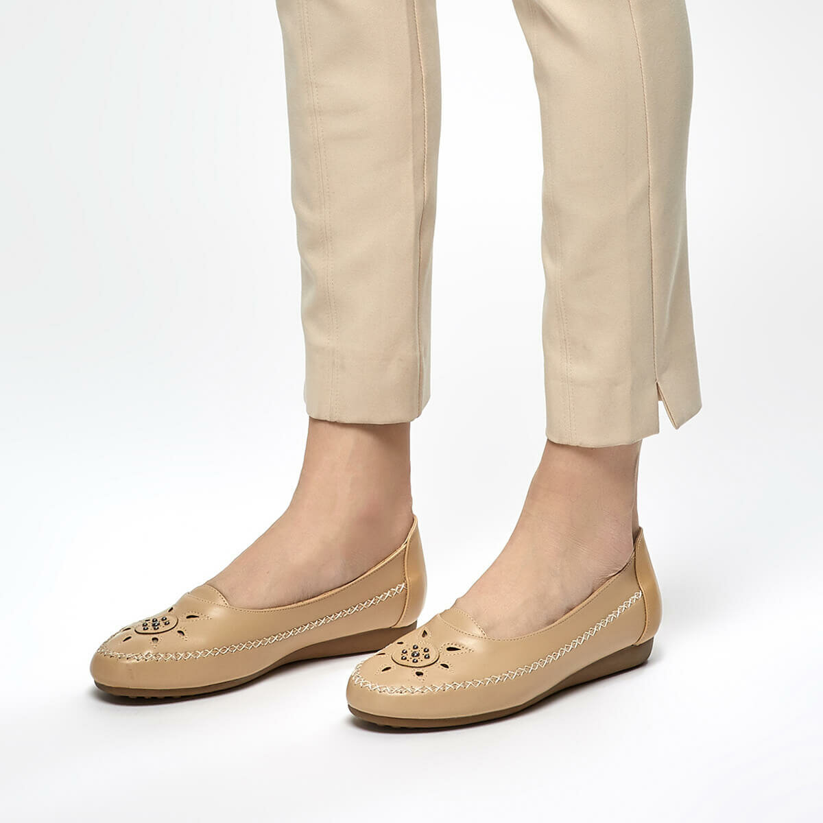 FLO 91.150685.Z Beige Women 'S Shoes Polaris