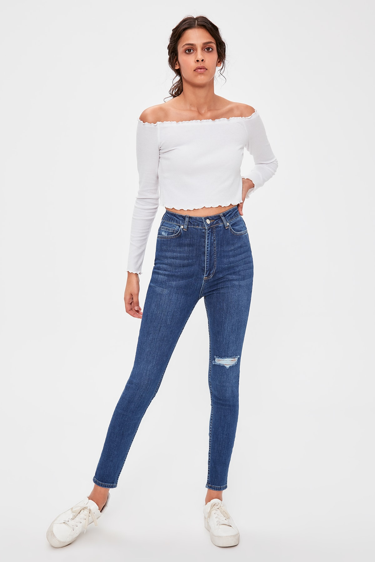 Trendyol Blue Ripped Detailed Skinny Jeans TWOAW20JE0241
