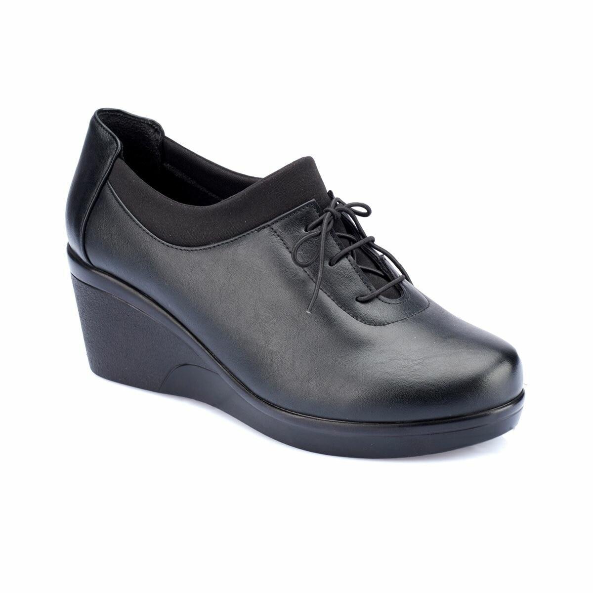 FLO 82.150004.Z Black Women Shoes Polaris
