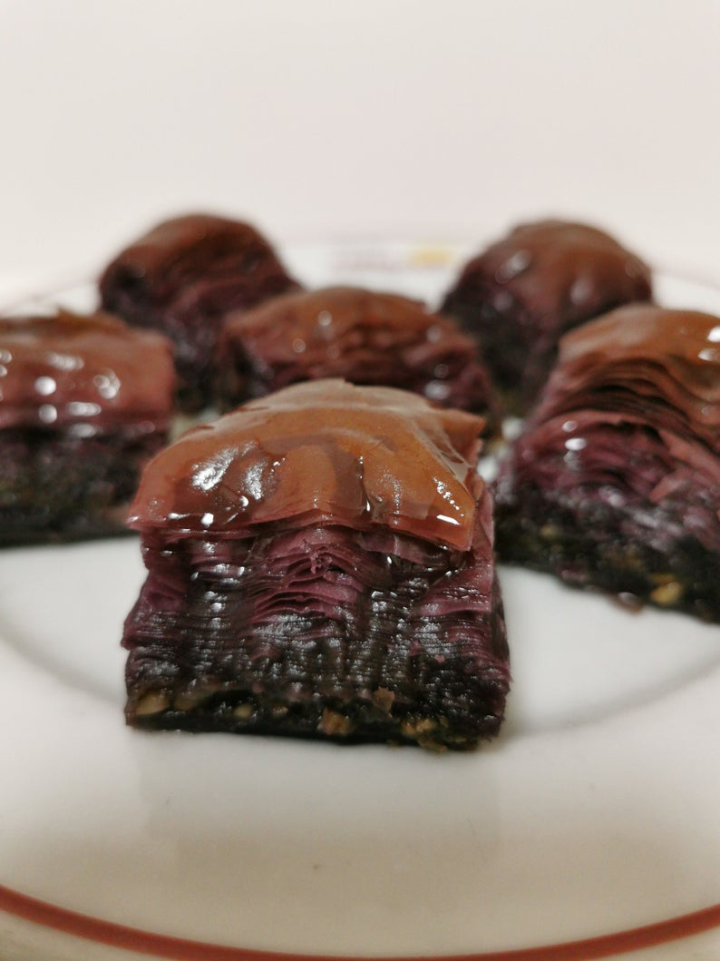 Gulluoglu Purplemix pistachio Baklava (less sugar) (limited edition), freshly produced 1000 GRAM  FREE SHİPPİNG