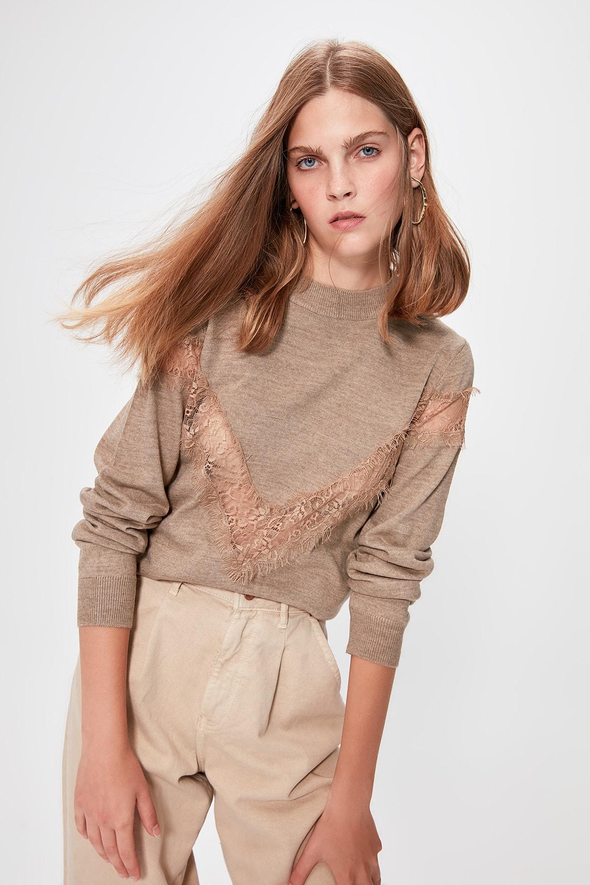 Trendyol Beige Lace Detail Sweater Sweater TWOAW20IS0012
