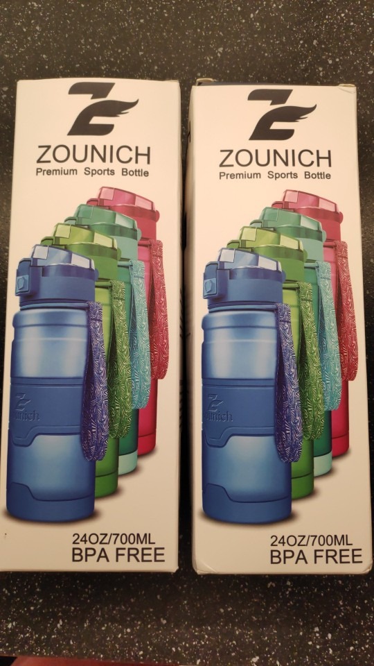 ZOUNICH Water Bottle Sports Shaker Bottle For Water Travel Leak proof  Tritan Plastic Camping Home Gourde Drink Bottle BPA Free-in Water Bottles from Home & Garden on AliExpress