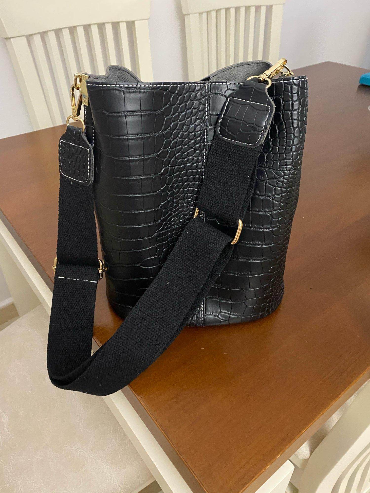 Women's Crocodile Crossbody Bag photo review
