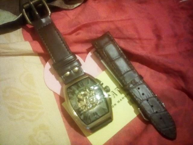 -- Montre Montre Relógios