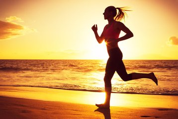 跑步运动过程中发现自己膝盖疼还要坚持吗-养生法典