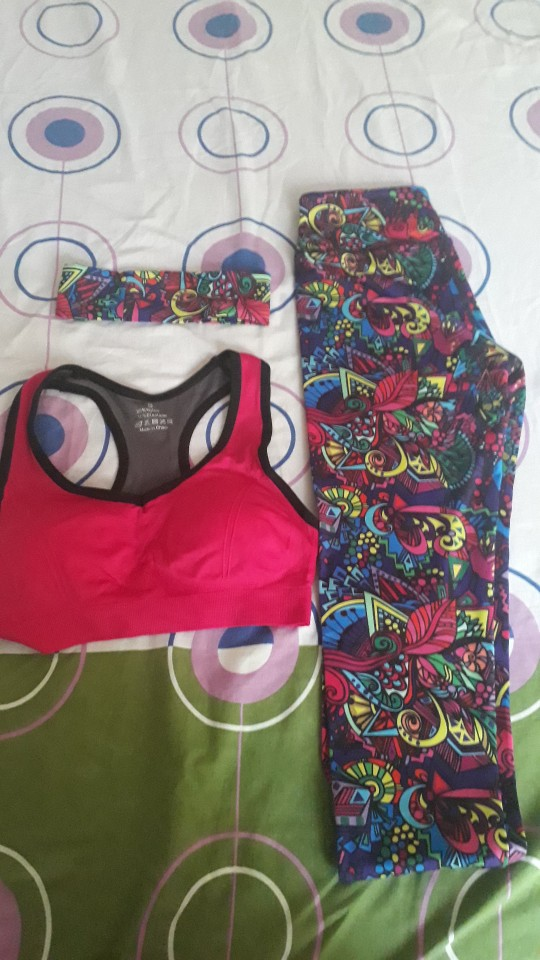 Women's Workout Bra and Leggings Set photo review