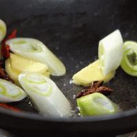 让你暖身暖心又暖胃的一碗面——红烧羊肉面的做法图解4