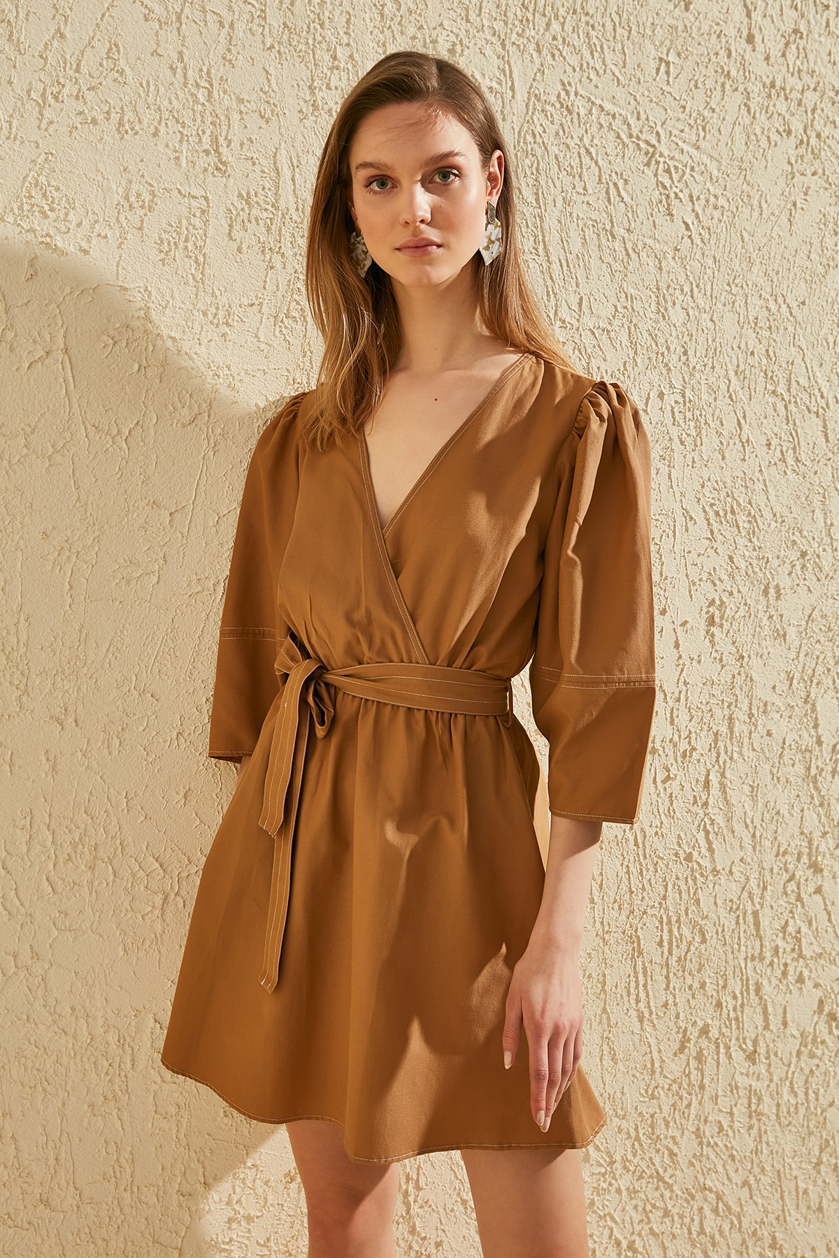 Trendyol Belted Double Breasted Collar Dress TWOSS20EL0640