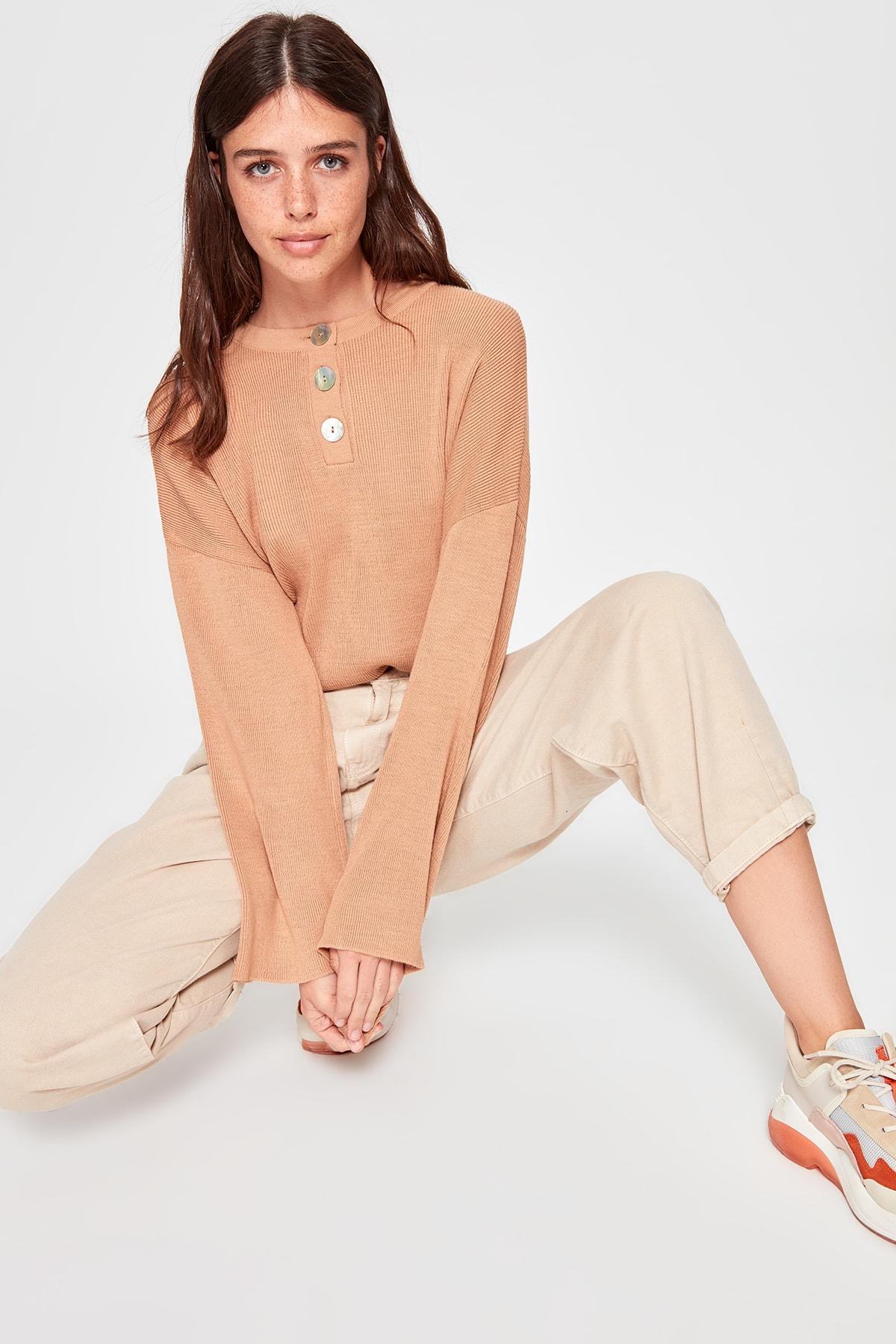 Trendyol Button Knitwear Sweater TWOAW20KZ0419