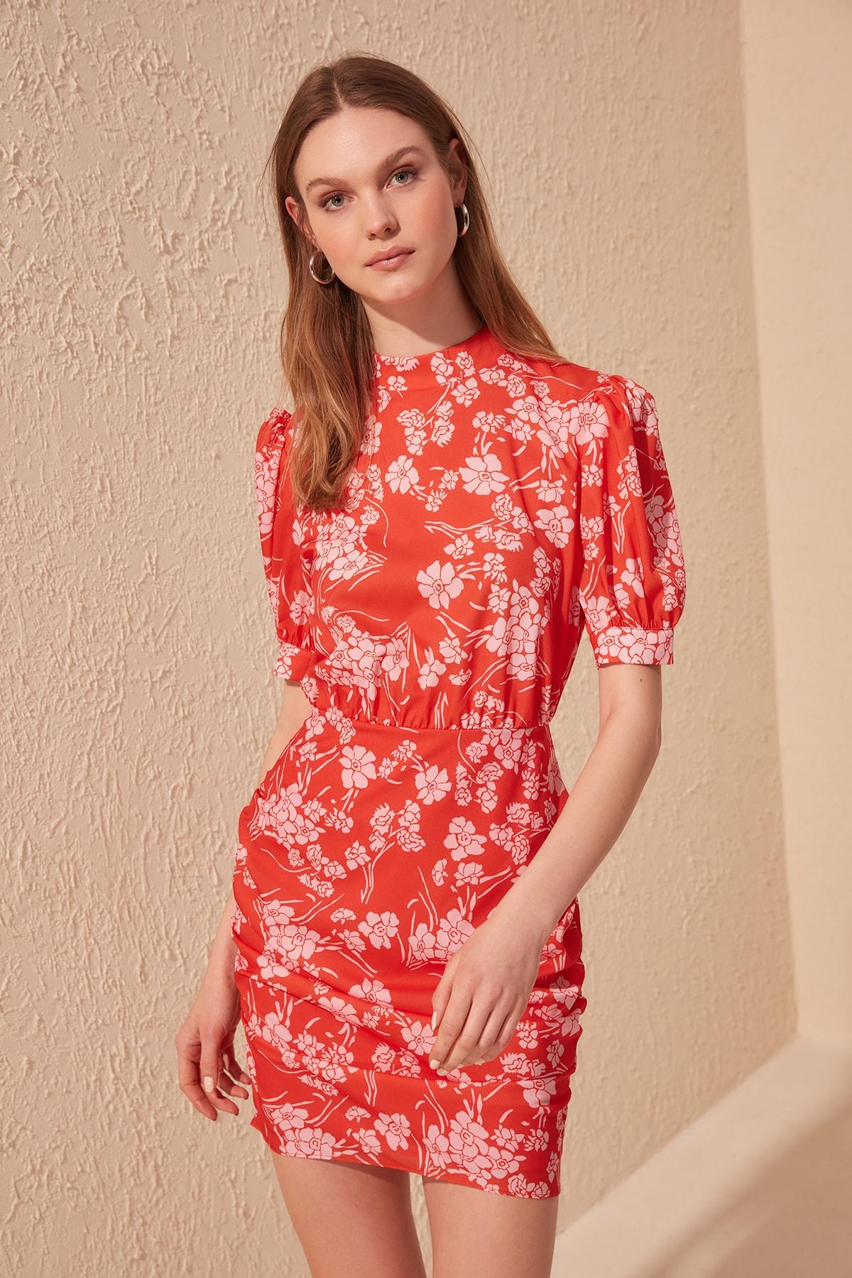 Trendyol Upright Collar Dress TWOSS20EL0903