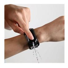 Hand sanitizer silicone bracelet wristband hand dispenser wearable hand sanitizer dispenser pumps new