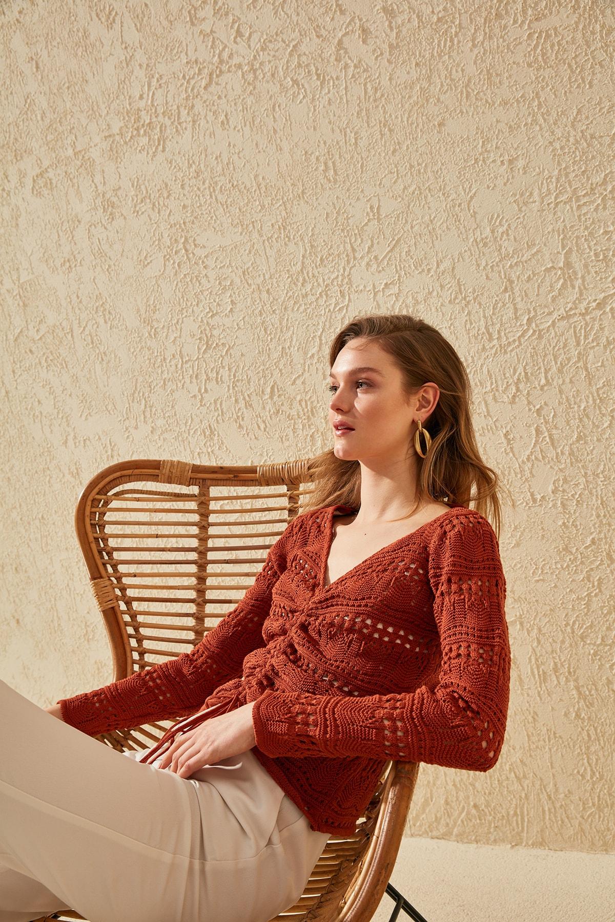 Trendyol Cellular Shirred Knitwear Sweater TWOSS20KZ0006