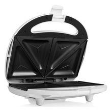 Антипригарный сэндвич-тостер Tristar SA3052 750 Вт белый