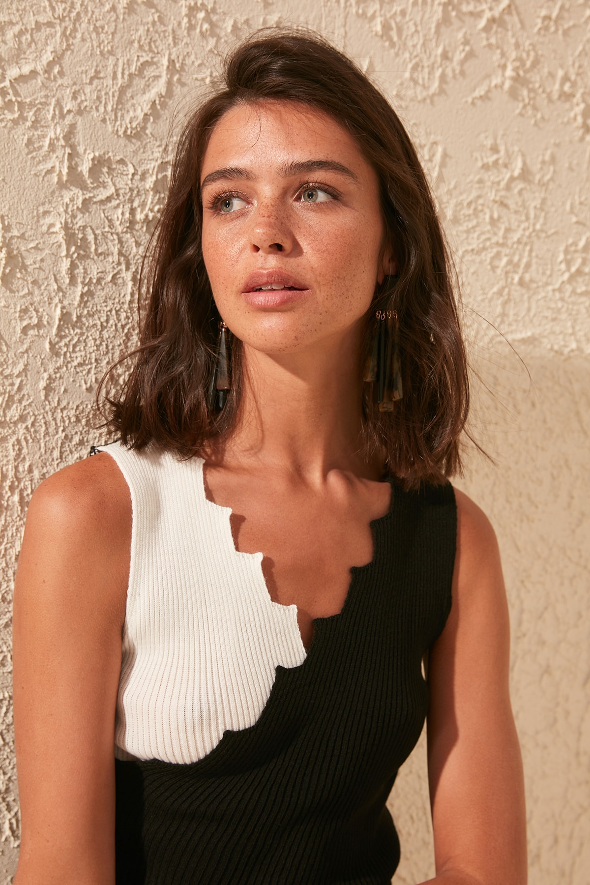Trendyol Collar Detailed Knitwear Bluz TWOSS20BZ0115