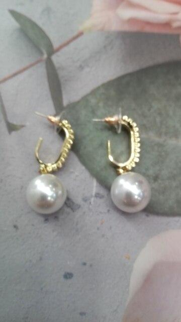2021 New Fashion Korean Oversized White Pearl Drop Earrings for Women Bohemian Golden Round Pearl Wedding Earrings Jewelry Gift photo review