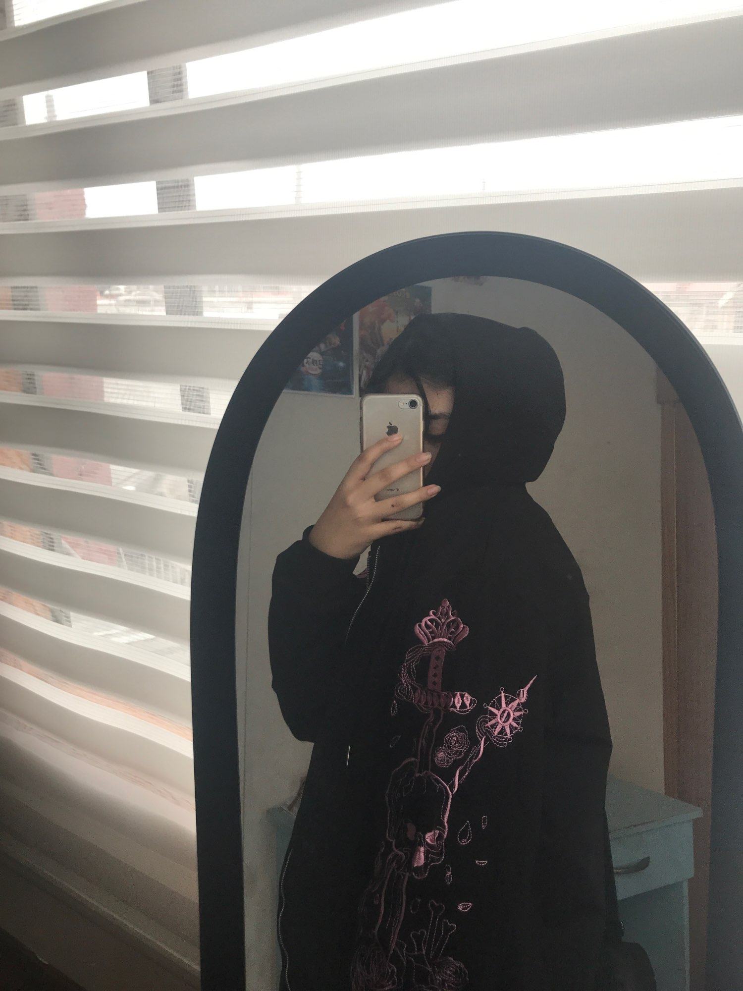 Hoodie with Gothic embroidered skull photo review