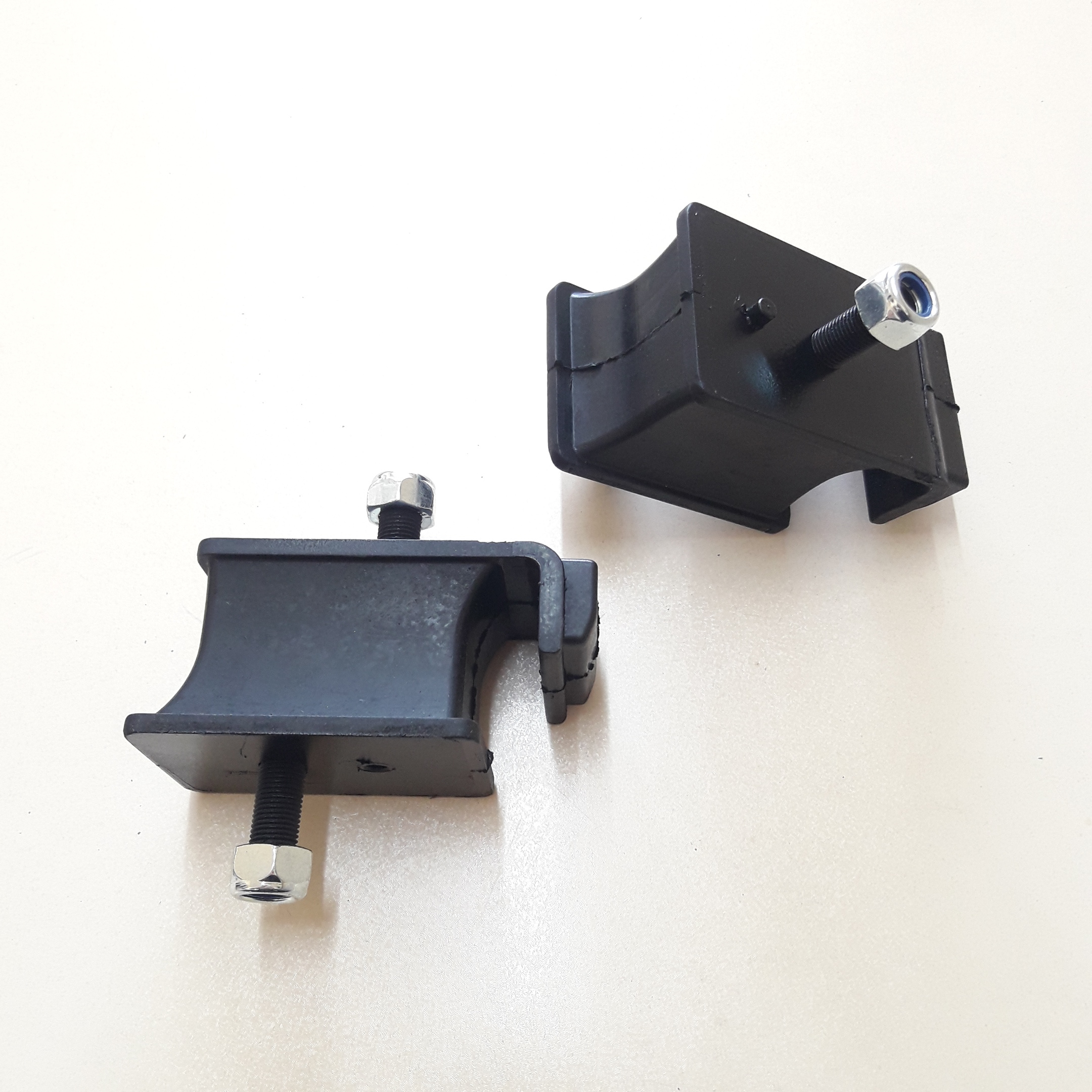 2 Pcs Motor Montage für Mitsubishi Canter MK332290 Beste Qualität/Freies TNT Express Versand