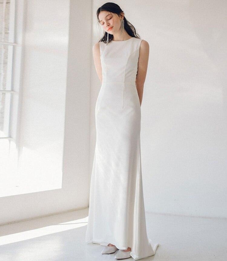 Open Back Sleeveles Plain Satin Sheath Wedding Gown Bridal Dress