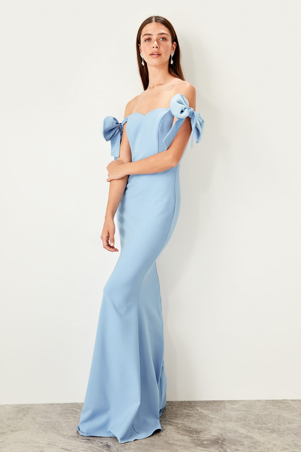 Trendyol Bow Detailed Evening Dress TPRSS19BB0544